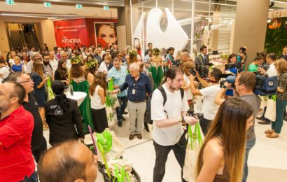 Carrefour inaugurează un nou hipermarket in centrul comercial ParkLake