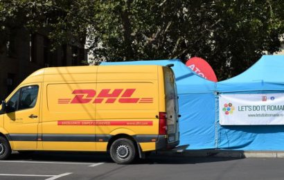 "DHL a sustinut actiunea ""Let's Do It, Romania!"", in calitate de Partener Logistic"