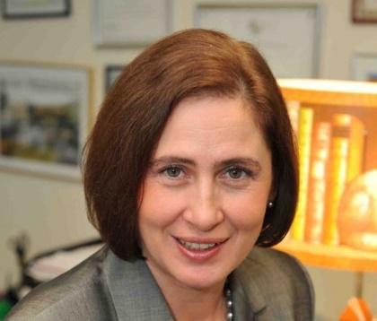 Gilda Lazăr, JTI: Solicităm Camerei Deputaților adoptarea de urgență a transpunerii Directivei Tutunului