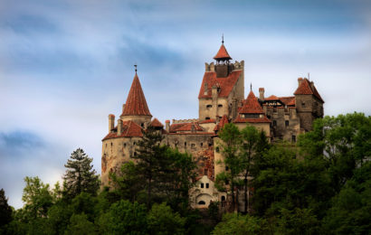 Halloween de groaza. Airbnb ofera o noapte de cazare in Castelul lui Dracula