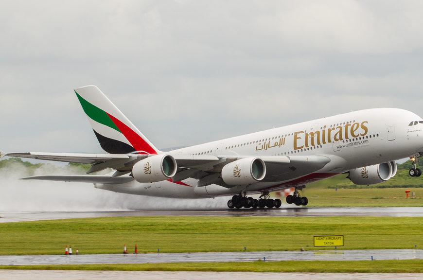 Emirates recruteaza insotitori de bord la Bucuresti pe 22 octombrie