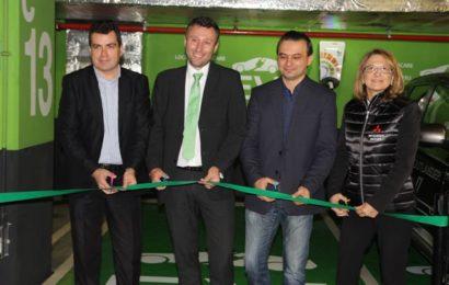 Cora România a deschis a patra stație de încărcare a vehiculelor electrice în Bacău