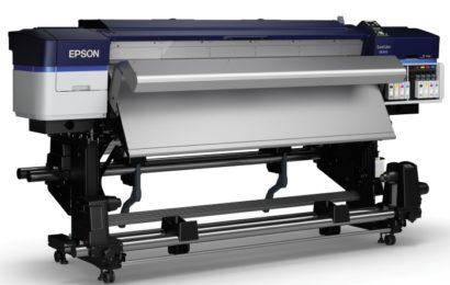 Imprimantele Epson large format, prezentate în showroom-ul Dacora din București