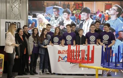 Peste 800 de elevi s-au înscris la BRD FIRST Tech Challenge Romania powered by Vodafone