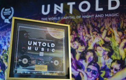 Premii pentru UNTOLD:  un disc de aur si unul de platina