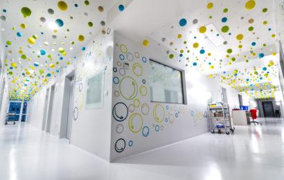 620.000 euro investiți de Dăruiește Viață pentru condiții occidentale în secția de oncologie