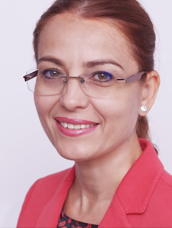 maria-maxim_senior-manager-ey-romania