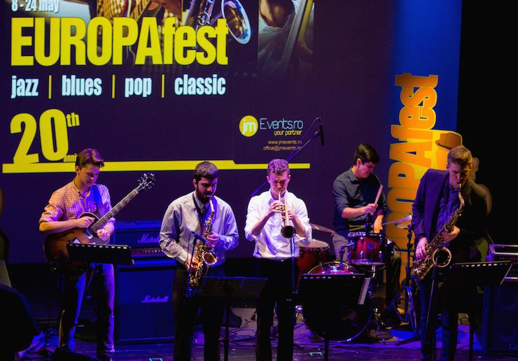 EUROPAfest 2017 selecteaza voluntari