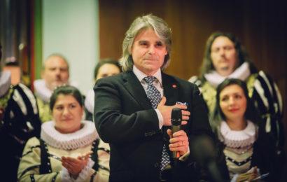 Concertul Extraordinar de Ziua Madrigalului a adus pe aceiași scena coruri de copii români, romi si maghiari