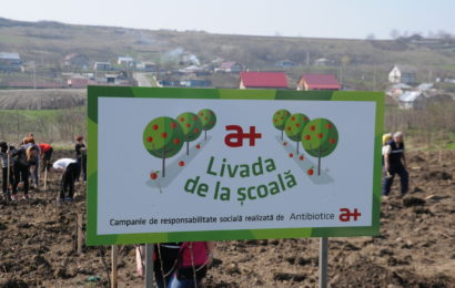 """Compania Antibiotice deruleaza proiectul CSR -""""Livada de la scoala"""""""
