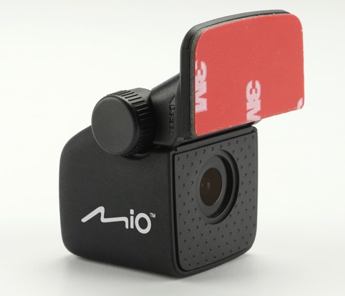 Mio lansează două camere video auto pentru spatele vehiculului