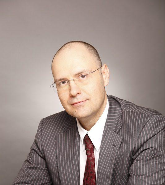 PwC: România are nevoie de un sistem nou de impozitare pentru a stimula înnoirea parcului auto