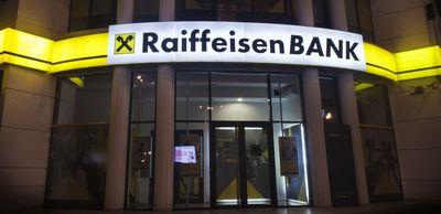 Raiffeisen Bank isi simplifica portofoliul de produse oferite clientilor