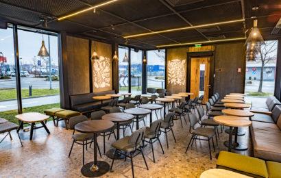 Starbucks a deschis prima cafenea Drive Thru din România