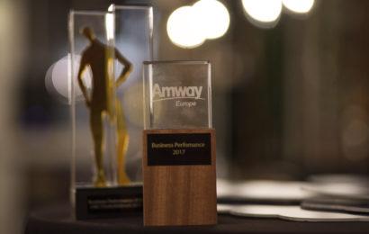 Amway România şi Bulgaria, premiate pentru cea mai bună performanţă în Europa
