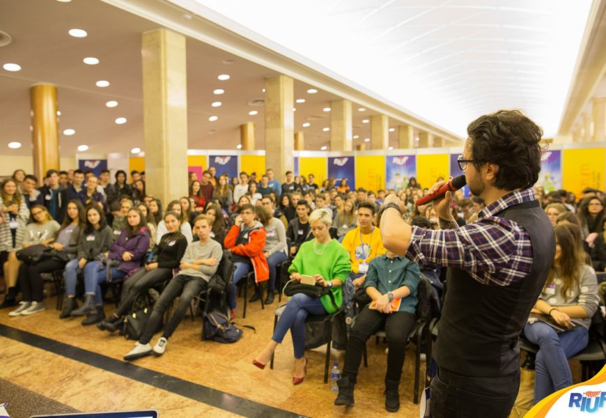 RIUF YouForum: Educaţia şi orientarea în carieră pe înţelesul tuturor
