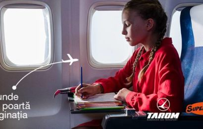 TAROM susține educația: romane illustrate, cadou pentru pasagerii elevi