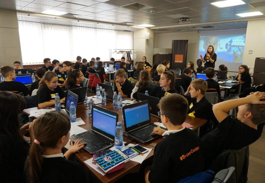 Orange Romania invita elevii la Concursul national #SuperCoders