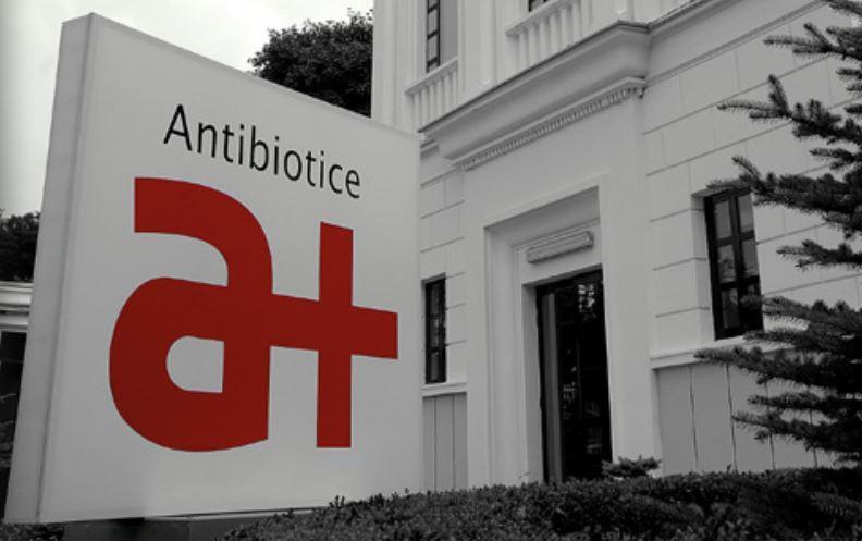 Antibiotice Iasi va dona medicamente pentru sapte spitale iesene